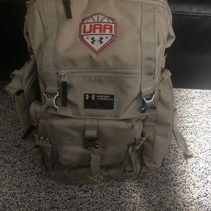 Under armour association bag